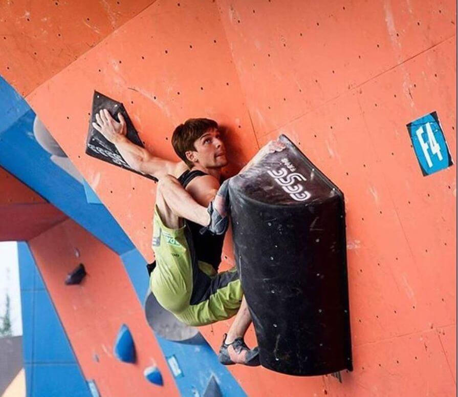 Jan Hojer y sus habilidades de flexibilidad